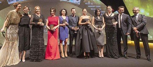 Türkiye sinemasının 'En İyi 10'ları' ödüllendirildi
