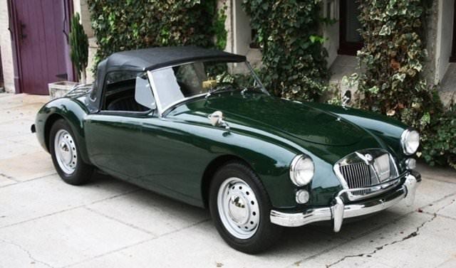 Yeşilçam ünlülerinin kullandığı otomobiller!