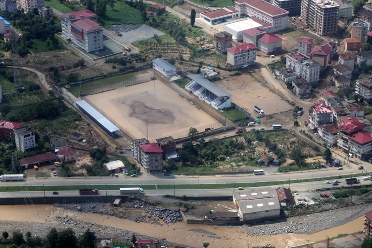 Hopa'daki felaket havadan görüntülendi
