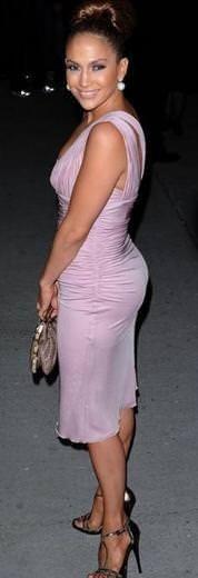 Jennıfer Lopez'in kalçası gitgide küçülüyor