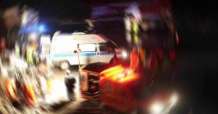 Taksiden inen gençlere otomobil çarptı: 1 ölü, 3 yaralı